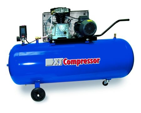 Compresor aer cu piston uscat 200 litri XT Tools [0]