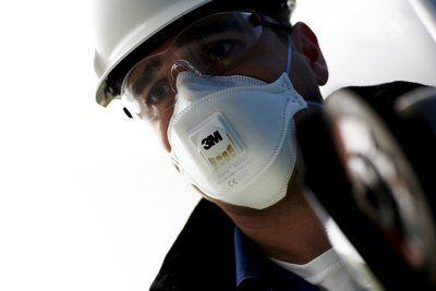 Masca protectie respiratorie 3M Aura™ 9332+, protectie ridicata FFP3, supapa 3M™ Cool Flow™ 6