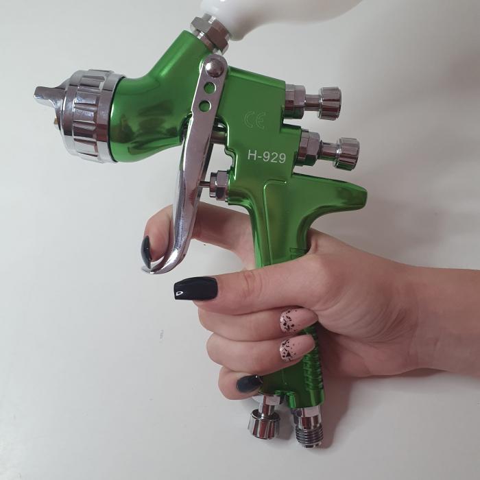 Pistol de vopsit, Italco H-929 HVLP, cupa plastic 600 ml, duza la alegere, consum aer incepand cu 147 l/min [8]