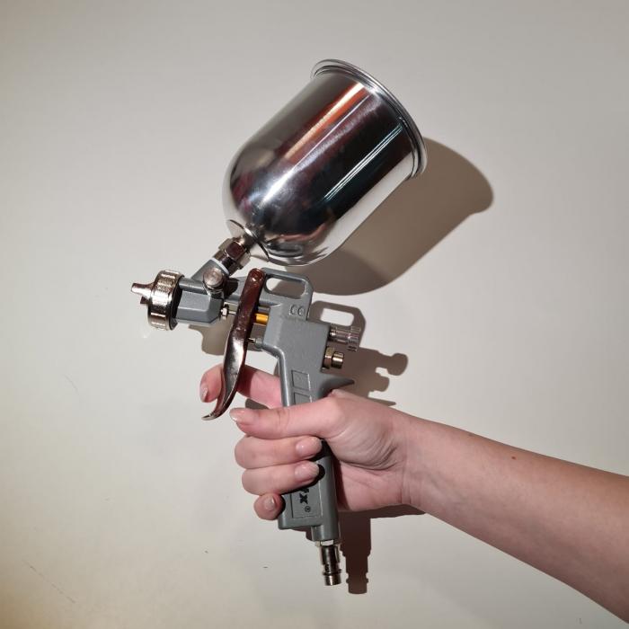 Pistol de vopsit, Matrix 573149, cana metalica 600 ml, duza 1.2, 1.5 si 1.8 mm, consum aer 75 - 230 l/min [11]