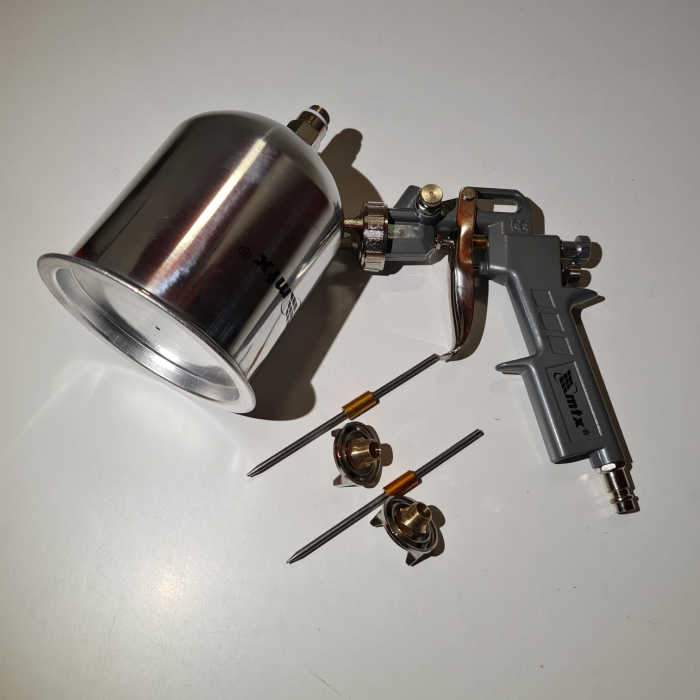 Pistol de vopsit, Matrix 573159, cana metalica 1 litru, duza 1.2, 1.5 si 1.8, consum aer 75- 230 l/min [6]