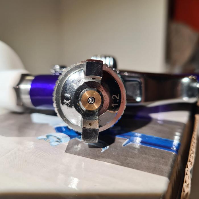 Pistol de vopsit pentru retus, Airpress 45102, cana plastic 125 ml, duza la alegere, consum aer 29-99 l/min [10]