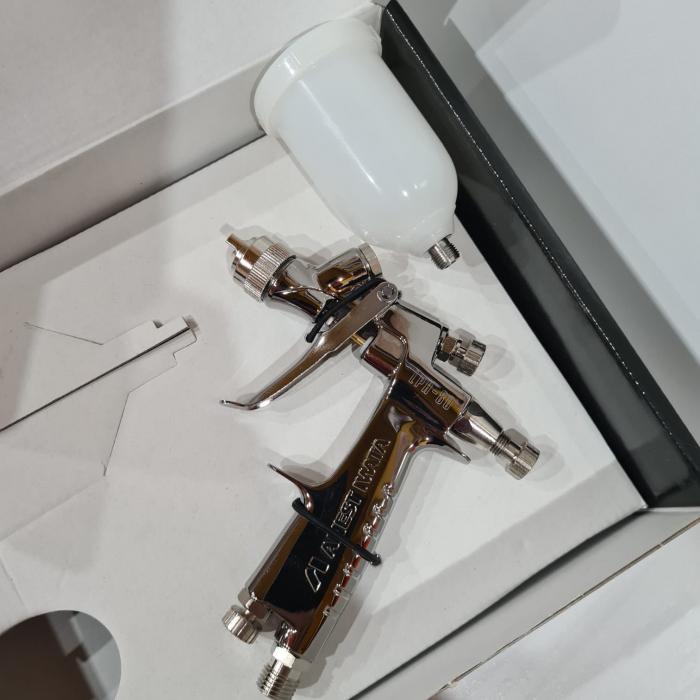 Pistol de vopsit pentru retus, Anest Iwata LPH-80, cupa plastic 70 ml, duza 0.6 - 1.2 mm, consum aer 60 l/min [2]