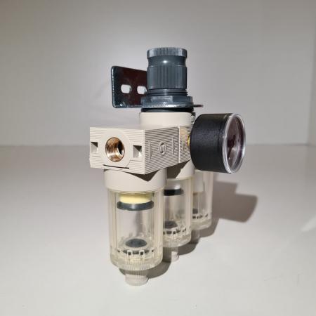 Baterie filtrare aer comprimat, MW A300, filtrare aer vopsitorie cu regulator, baterie 3 filtre, pana la 0.01 microni, debit 200 l/min [1]