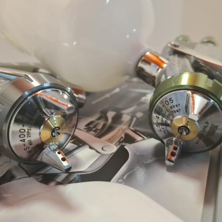 Pistol de vopsit, Anest Iwata SuperKit, 2 x Supernova WS400 Evo Clear 1.3 mm + LS400 Evo Base 1.3 mm [5]