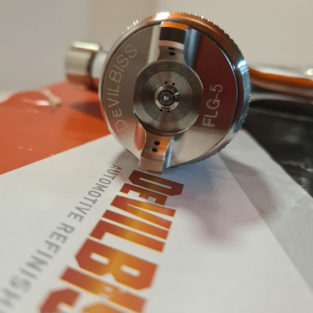 Pistol de vopsit DeVilbiss FLG-G5, cupa plastic 560 ml, disponibil diferite duza, consum aer 277 l/min [3]