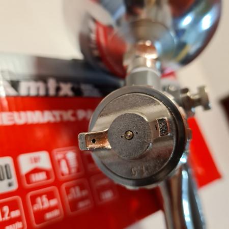 Pistol de vopsit, Matrix 573159, cana metalica 1 litru, duza 1.2, 1.5 si 1.8, consum aer 75- 230 l/min [3]