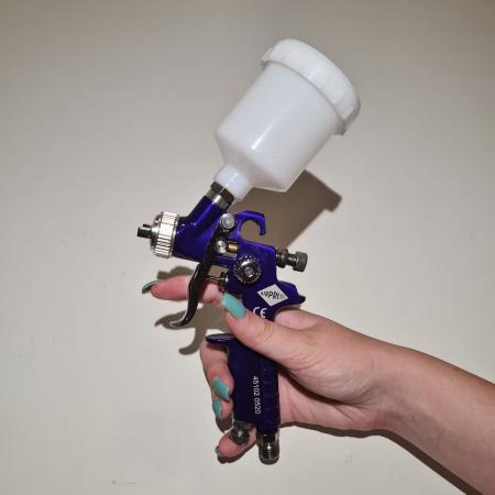 Pistol de vopsit pentru retus, Airpress 45102, cana plastic 125 ml, duza la alegere, consum aer 29-99 l/min [12]