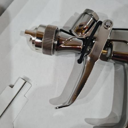 Pistol de vopsit pentru retus, Anest Iwata LPH-80, cupa plastic 70 ml, duza 0.6 - 1.2 mm, consum aer 60 l/min [5]