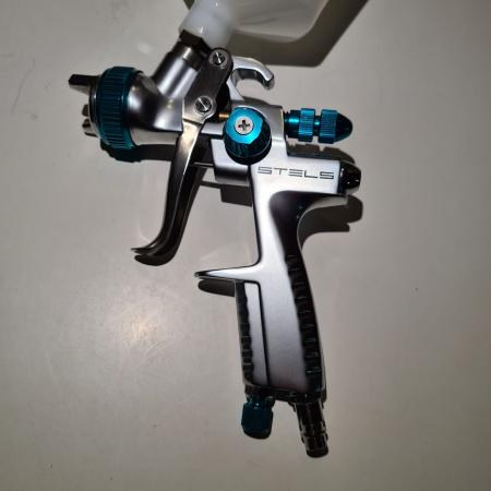 Pistol de vopsit, STELS 57365, cana plastic 600 ml, duza 1.1 mm si 1.3 mm, consum aer 165-220 l/min [3]