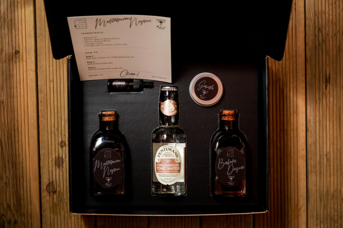 VRTW Cocktail Box - The Perfect Gift 0