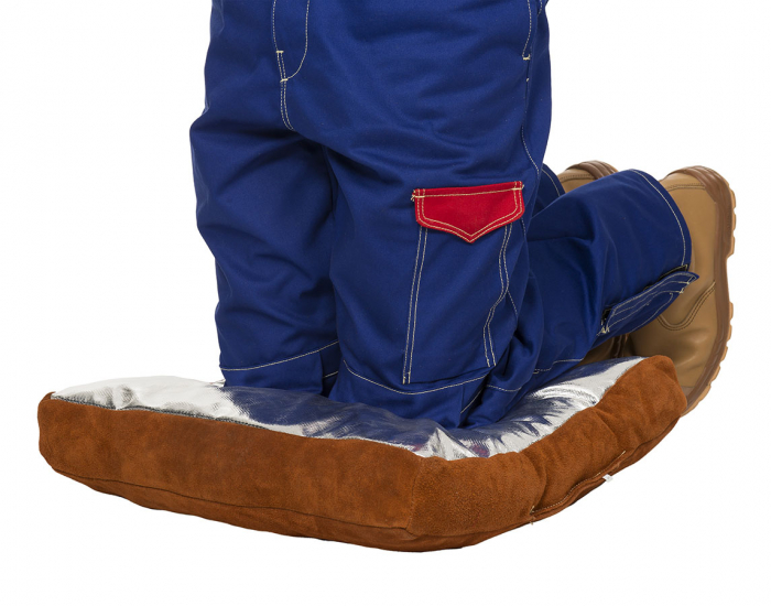Lava Brown™ pernă de sudură; şpalt maro de vită pe o parte iar pe cealaltă parte PFR Rayon [1]