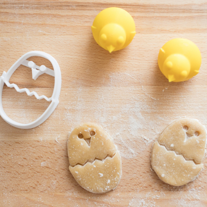 Easter's cookie cutter - Round chicken in egg [2]