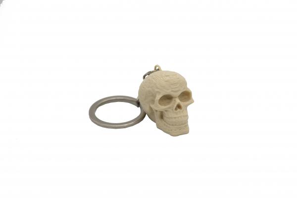 Skull keychain [0]