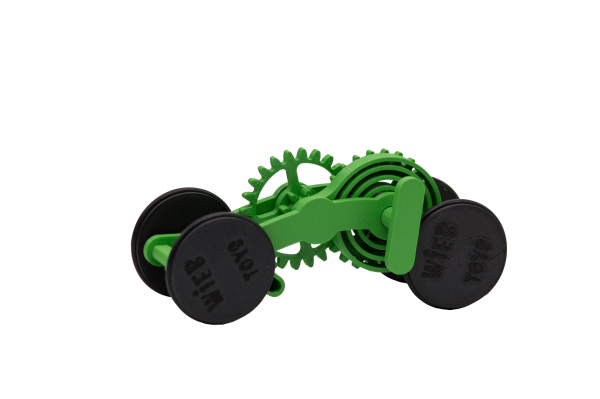 Wind-up Car kit, 16 pieces,  Green [0]