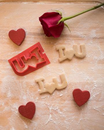 Valentine's day cookie cutter - I<3U - small [1]