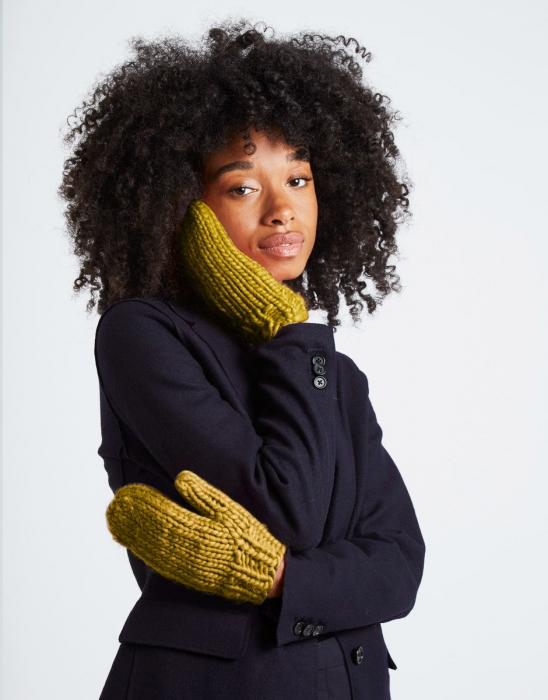 Kit tricotat manusi Fight the power [1]