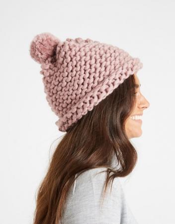 Kit tricotat caciula Happy Daze0