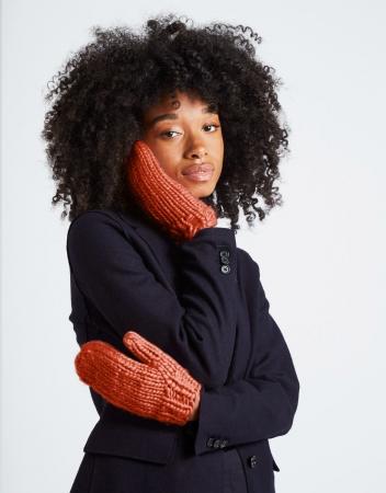 Kit tricotat manusi Fight the power [2]