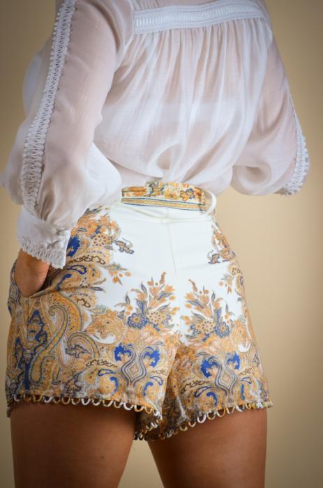 Compleu de dama cu pantaloni scurti [4]