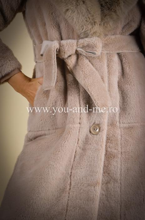Palton bej cu blana [5]