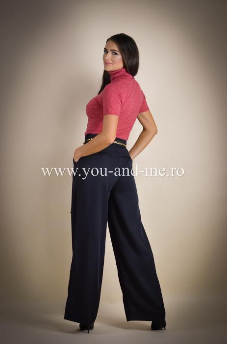 Pantaloni evazati cu buzunare [6]