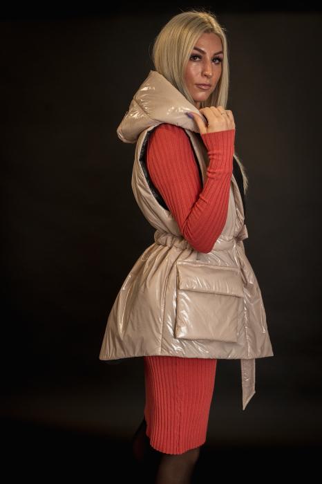 Vesta de dama cu cordon [2]