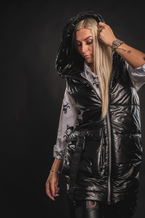 Vesta neagra asimetrica cu catarama la buzunar [4]