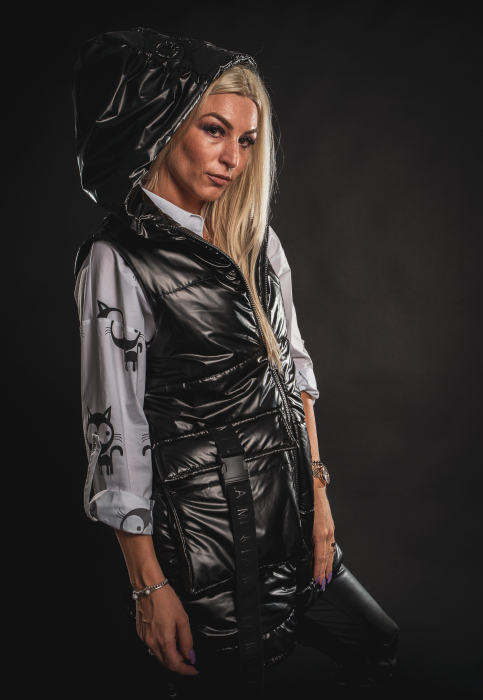 Vesta neagra asimetrica cu catarama la buzunar [5]