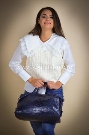 Bluza cu vesta cu guleras cu dantela [2]
