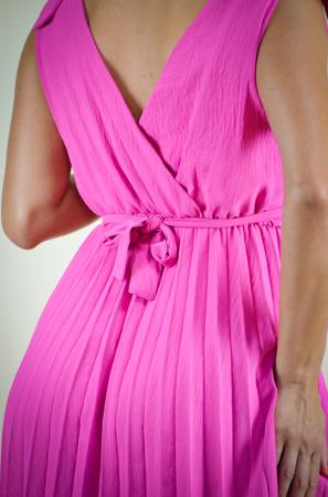 Rochie de eveniment plisata roz, cu detaliu in talie [4]