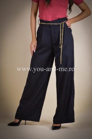 Pantaloni evazati cu buzunare [3]