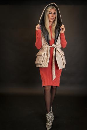Vesta de dama cu cordon [4]