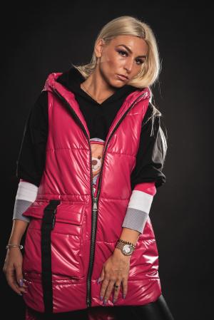 Vesta roz asimetrica cu catarama la buzunar [7]