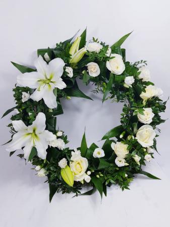 Coroana funerara mix flori albe [1]