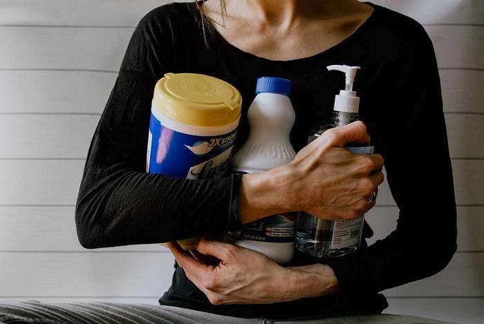 Pastreaza curatenia, dezinfecteaza, impotriva virusi bacterii