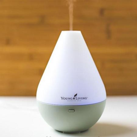 Difuzor aromaterapie, Young Living, Dewdrop, 180ml, 4 ore, ultrasonic - Alb