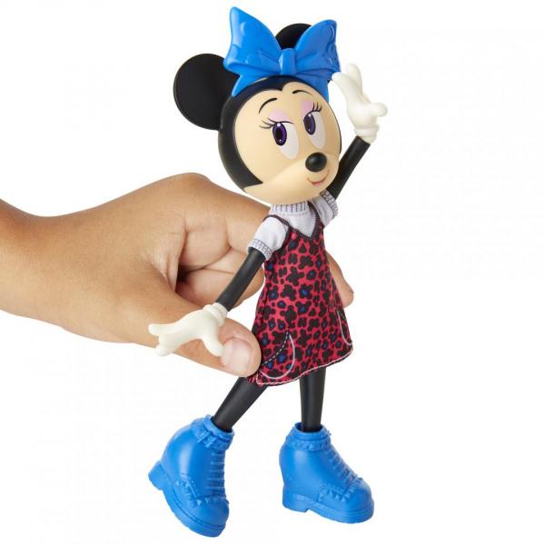 Papusa Minnie Mouse cea fermecatoare 3