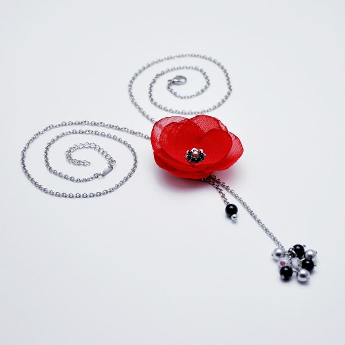 colier-lung-elegant-floare-rosie 3