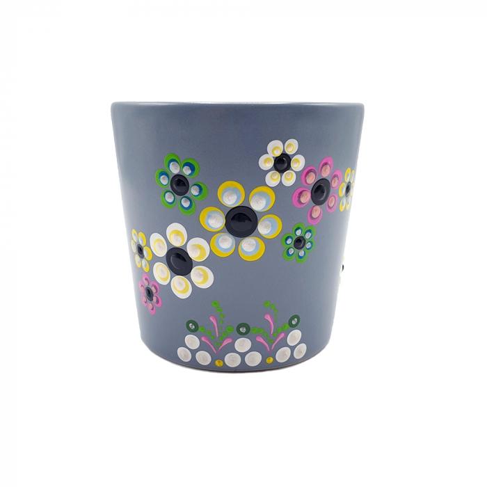 AMARIS | Cana gri pentru cafea/ ceai, flori multicolor, pictata manual 2