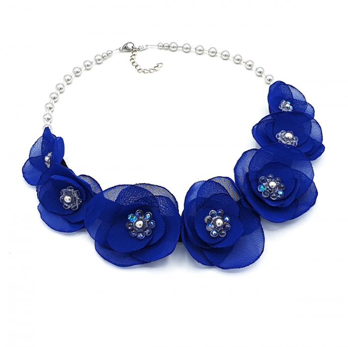 colier-statement-flori-albastre [2]