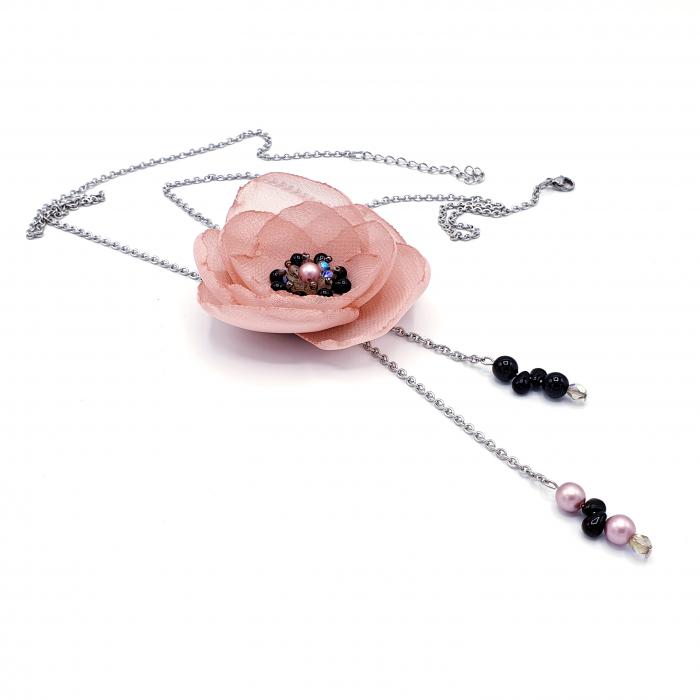 colier-lung-floare-roz-prafuit 0