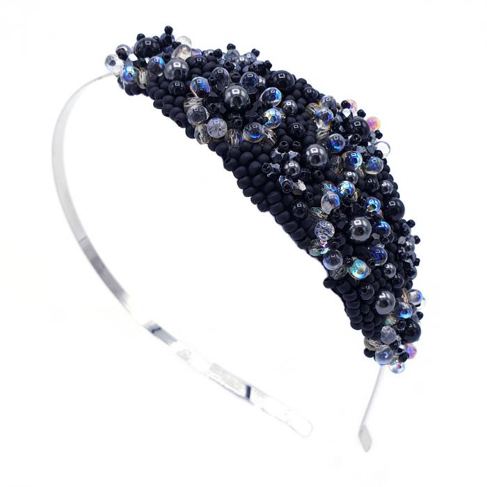 coronita-par-neagra-perle 0