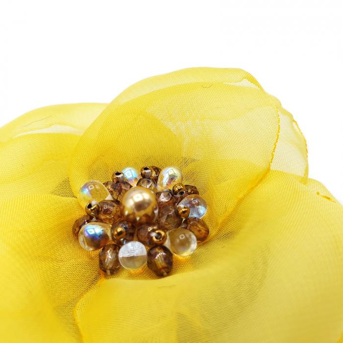 brose martisor handmade floare textila 2