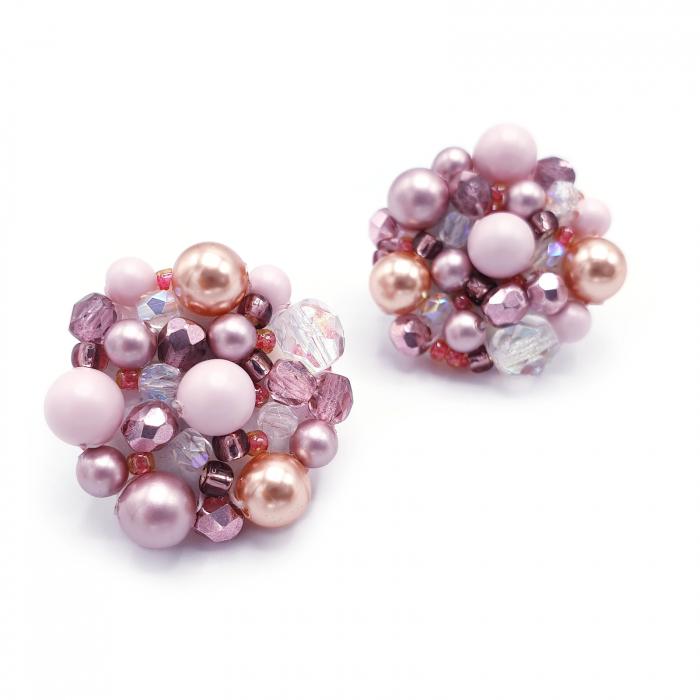 cercei-handmade-margele-roz 1