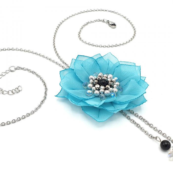 colier-lung-floare-turcoaz [1]