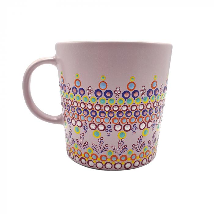 ELORA | Cana roz pentru cafea/ ceai, pictata manual, multicolor 0