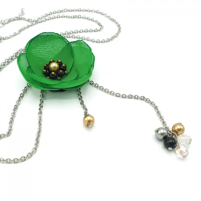 colier-lung-pandantiv-floare-verde 0