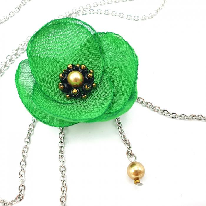 colier-lung-pandantiv-floare-verde 1