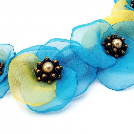 VENUS | Colier statement cu flori din voal stil matase1
